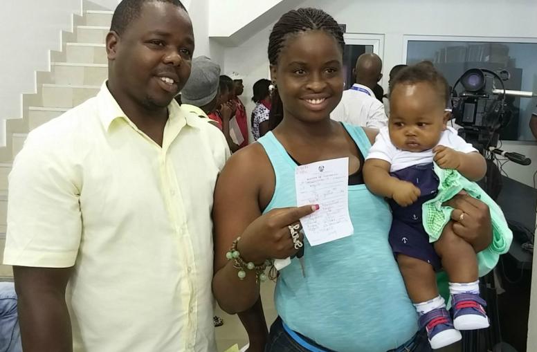 unicef-mozambique_maputo_call_centre_family_ewh_27_dec_14